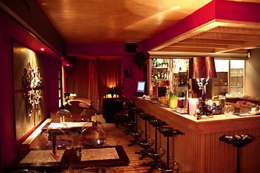 Bar du Spades 4