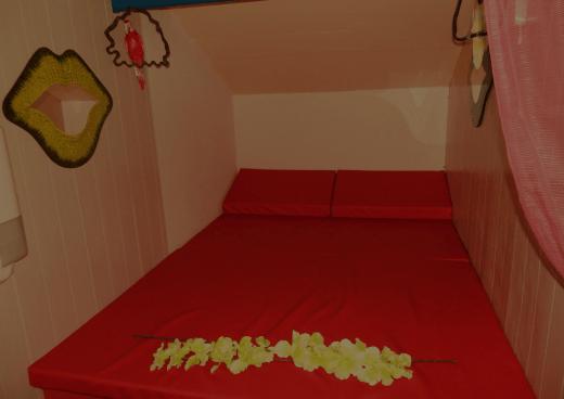 Espace câlins du sauna club libertin l'Exotika